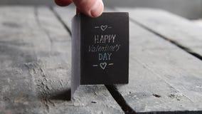 Tarjeta feliz del día de tarjetas del día de San Valentín almacen de metraje de vídeo