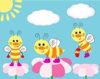 Tarjeta linda con las abejas de la diversión Imagen de archivo libre de regalías