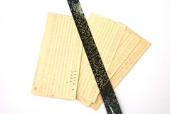 Tarjeta perforada - cinta fotos de archivo