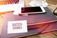 Tarjeta que dice casos de éxito en el cuaderno de notas Fotos de archivo libres de regalías