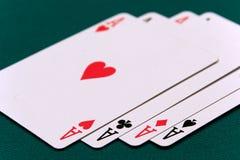 Tarjetas cuatro o dos as de la tarjeta 01 Fotografía de archivo