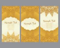 Tarjetas de felicitación en estilo del este en fondo del oro Fotos de archivo