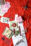 Tarjetas de los Años Nuevos de Scrapbooking que fabrican el montante Fotos de archivo libres de regalías