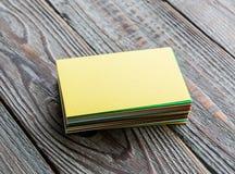Tarjetas de visita coloridas Fotos de archivo libres de regalías