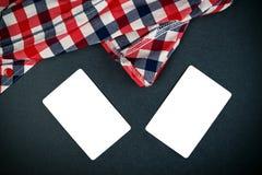 Tarjetas de visita verticales en blanco con las esquinas redondeadas Imagen de archivo libre de regalías