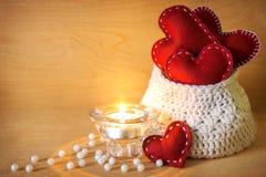 Tarjetas del día de San Valentín con la vela Fotografía de archivo libre de regalías
