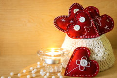 Tarjetas del día de San Valentín con la vela Foto de archivo