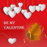 Tarjetas del día de San Valentín gifting la caja con los corazones blancos Fotografía de archivo