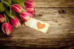 Tarjetas del día de San Valentín del vintage o regalo del aniversario Imagen de archivo