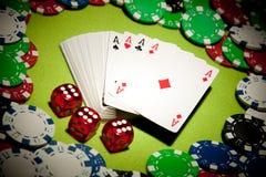 Tarjetas del fondo del casino Imagen de archivo