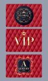 Tarjetas del VIP con el fondo acolchado rojo abstracto Imagen de archivo libre de regalías