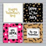 Tarjetas felices del día de tarjetas del día de San Valentín con los ornamentos, los corazones, la cinta, el ángel y la flecha Fotos de archivo libres de regalías