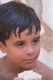 Tarjetas que juegan del muchacho del verano Foto de archivo