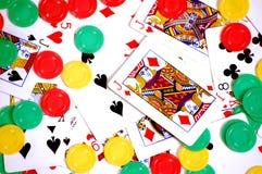 Tarjetas y virutas del póker Fotografía de archivo