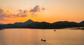 tarn solnedgång Royaltyfri Bild