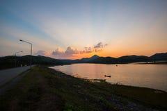 tarn solnedgång Royaltyfri Fotografi