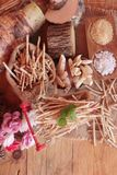 Taro e bastone freschi del taro con sale Fotografie Stock
