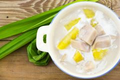 Taro i batat w Słodkim Kokosowym mleku obrazy royalty free