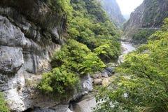 Taroko峡谷和吊桥 图库摄影