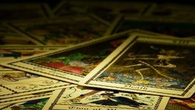 tarot死亡卡片和转动的恶魔 股票视频