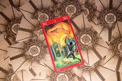 Tarot karta Pięć różdżki Smoka tarot pokład ezoteryk tło zdjęcia royalty free
