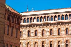 TARRAGONA HISZPANIA, MAJ, - 1, 2017: Fasada monaster Karmeliccy ojcowie Zakończenie obrazy royalty free