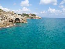 Tarragona kustlinje royaltyfri bild