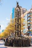 TARRAGONA, SPAGNA - 1° MAGGIO 2017: Monumento ai costruttori di als vivente Castells del monumento delle torri verticale Copi lo  Fotografia Stock Libera da Diritti