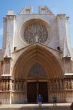 TARRAGONA SPANIEN - AUGUSTI 28th, 2017: Ett av mest berömd ställen av landskapet Tarragona Catedral de Santa Maria Arkivbild