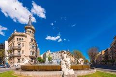 TARRAGONA, SPANIEN - 1. MAI 2017: Brunnen verziert mit den Skulpturen, die vier Kontinente darstellen Der Jahrhundert ` s Brunnen stockbild
