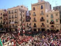 Tarragona Spanien -?? setptember 16, 2012: traditionell mänsklig släp arkivbilder