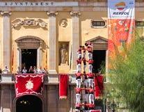 TARRAGONA, SPANJE - SEPTEMBER 17, 2017: Santa Tecla-de vakantie, wordt die typische Catalaanse menselijke torens uitgevoerd in Pl Stock Foto