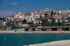 Tarragona steigt vom Meer Stockbild
