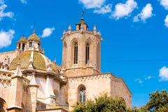 TARRAGONE, ESPAGNE - 1ER MAI 2017 : Cathédrale catholique de cathédrale de Tarragone un jour ensoleillé Copiez l'espace L'espace  Images stock