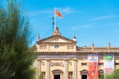 TARRAGONE, ESPAGNE - 17 SEPTEMBRE 2017 : Bâtiment néoclassique du Municipal des Palaos de cadence du maire Copiez l'espace pour l photos libres de droits