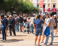 TARRAGONE, ESPAGNE - 17 SEPTEMBRE 2017 : Vacances de Santa Tecla, une foule des personnes dans la place Copiez l'espace pour le t Photos libres de droits