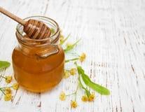 Tarro con la miel Imagen de archivo