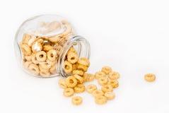 Tarro de cristal por completo de cereales imagen de archivo libre de regalías