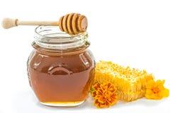 Tarro de miel fresca Foto de archivo