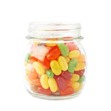 Tarro por completo de caramelos de la haba de jalea aislados Foto de archivo