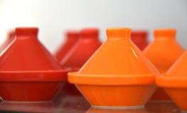 Tarros de cerámica de la pirámide Fotos de archivo