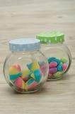 Tarros llenados del caramelo Foto de archivo libre de regalías