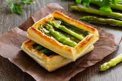 Tart of asparagus Stock Images