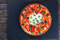 Tart beautifully topped with fresh fruits Royalty Free Stock Photography