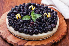 Tart with blackberry Royalty Free Stock Images