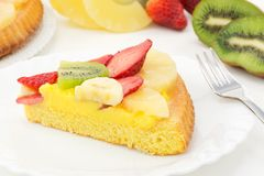 Tart with cream and fresh fruit Royalty Free Stock Image