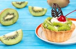 Tart with kiwi Royalty Free Stock Images