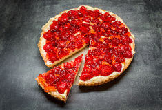 Tarta con las fresas Imagen de archivo