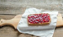 Tarta con los arándanos frescos gelatinados imagen de archivo libre de regalías