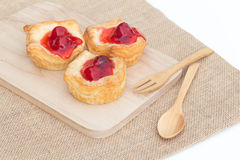 Tarta de la empanada de la fruta fresca con la cereza Fotos de archivo